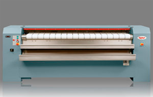 Сушильно-гладильные машины с нагреваемой мульдой, с автоматической подачей продольным и поперечным складывателем и штабелёром,  UniMac UFFSГладильные катки мульдового типа серии UFFS600